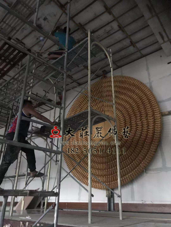 澎湖馬公市潮音寺銅雕千手觀音千手背光上臺吊裝到位