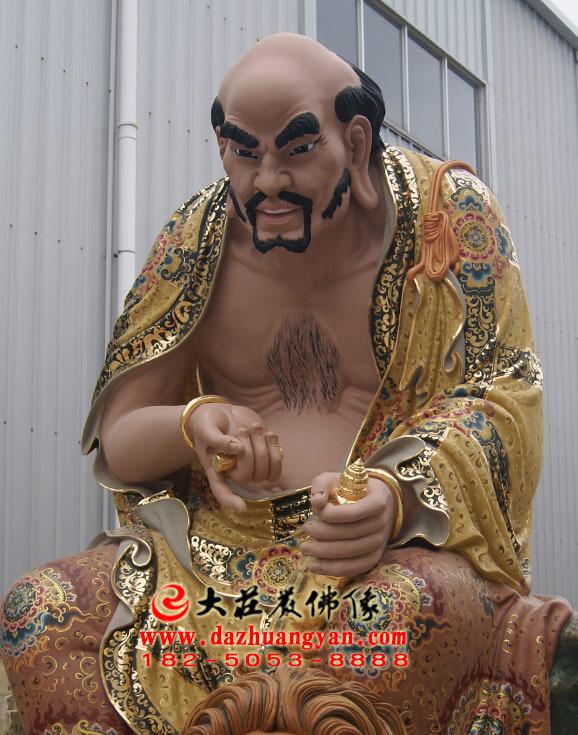 半托迦尊者彩绘侧面塑像