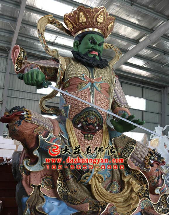 铜雕四大天王之南方增长天王彩绘侧面塑像
